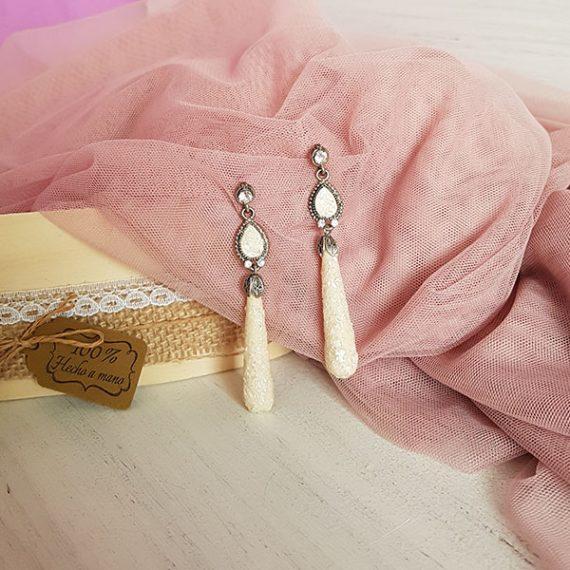 Pendientes de novia de nácar triturado